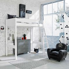 £449.00 White wooden loft bed 90 x 190 cm