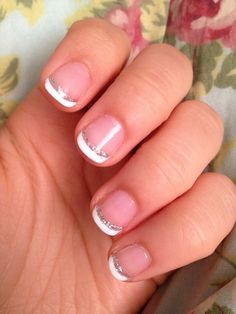 Simple but elegant french manicure idea.