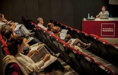 Atölye Modern 10 Mart'ta başlıyor! Hemen kayıt olmak için tıklayın. http://bit.ly/1qfqyM8 Bu dönem katılabileceğiniz atölyeler; Mario Levi'nin yönetiminde Yaratıcı Yazarlık Atölyesi, sanatı, fikirler tarihinin bir parçası olarak okumaya davet eden Yrd. Doç. Dr. Nusret Polat yönetiminde Sanatsal Düşünce Semineri, Uluslararası Sanat Eleştirmenleri Derneği (AICA) işbirliğinde Modern ve Çağdaş Sanat Tarihi ve Türkiye'de 1980 Sonrası Çağdaş Sanat Semineri.