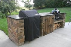 outdoor bbq area on a budget - outdoor bbq area - outdoor bbq area on a budget - outdoor bbq area diy - outdoor bbq area australia - outdoor bbq area grill station - outdoor bbq area ideas - outdoor bbq area modern - outdoor bbq area diy how to build Outdoor Kitchen Countertops, Backyard Kitchen, Outdoor Kitchen Design, Backyard Patio, Backyard Landscaping, Outdoor Kitchens, Outdoor Rooms, Outdoor Kitchen Grill, Concrete Countertops