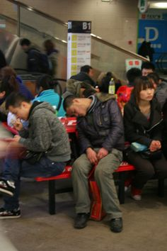 Chinese people can sleep anywhere... Photo by Ole Wåhlin