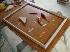 Готовая рамка из багета для картины или фотографии.