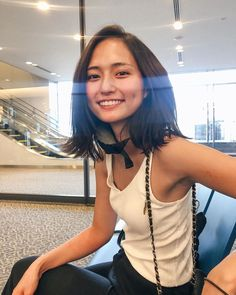 Slender Girl, Asian Short Hair, Preteen Girls Fashion, Good Looking Women, Asian Celebrities, Cute Girl Photo, Japan Girl, Cute Asian Girls, Beautiful Asian Women