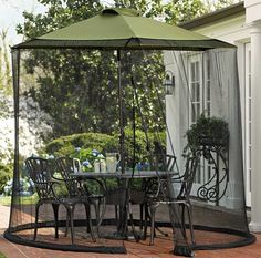 Umbrella Patio Table Screen:  simple, clever idea to put on existing patio umbrella to keep bugs out!