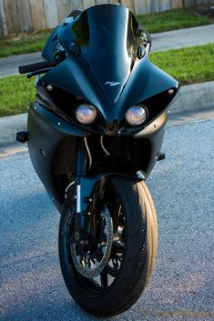 Yamaha Motor, Yamaha Yzf R1, Motor Company, Sport Bikes, Cars And Motorcycles, Street, Vehicles, Sportbikes, Hs Sports