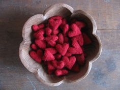Felted wool hearts Red wholesale set of 50 von HouseOfMoss auf Etsy, $87.50