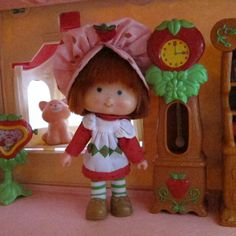 Grandfather Clock for Strawberry Shortcake Berry Happy Home by BrownEyedRose