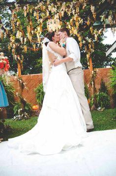 You may now kiss the bride #bride #groom  #photography #wedding #orange #turquoise #rustic #county #fall #ceremony #HughesMarseeWedding13