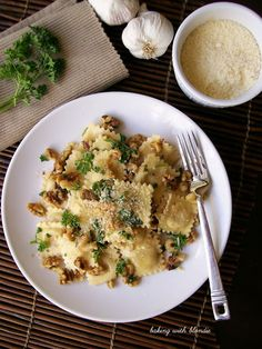 Simple Cheese Ravioli with Toasted Walnuts