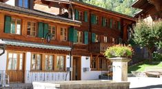 Apartment Rossinière 7 - #Apartments - $230 - #Hotels #Switzerland #Rossinière http://www.justigo.ws/hotels/switzerland/rossiniere/apartment-rossiniere-7_5122.html