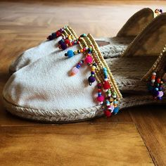 50 Espadrilles Every Girl Should Have - New Shoes Styles & Design Boho Shoes, Casual Shoes, Diy Fashion, Fashion Shoes, Crochet Shoes, Glitter Shoes, Summer Shoes, Cute Shoes, Baskets