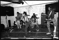 Google Image Result for http://www.badbrains.com/graphics/photos/bb_photo_gef80_400x275.jpg
