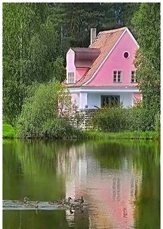 "reflection of a ""pretty in pink"" lake house. Garden Cottage, Cozy Cottage, Cottage Style, Lake Cottage, Cottage Living, Fairytale Cottage, Cottage House, Waterfront Cottage, French Cottage"