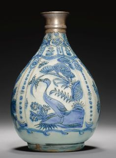 A Safavid blue and white bottle vase, Persia, 17th century - Sotheby's