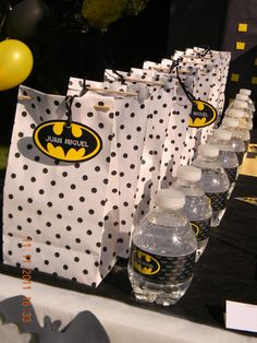 Batman Birthday Party Favors #batman #partyfavors