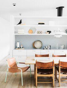 Interior Design Inspiration: Simple Australian Beach House - Airows