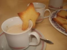 Süssünk-főzzünk együtt!: VAJAS KEKSZ Fondue, Pudding, Cheese, Ethnic Recipes, Desserts, Tailgate Desserts, Deserts, Custard Pudding, Puddings