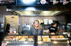 Ann Wahlroos-Jaakkola siirtyi kahvilabisnekseen viime vuonna vakuutusyhtiöstä.