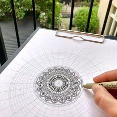 Image may contain: 1 person Mandala Doodle, Mandala Art Lesson, Mandala Artwork, Mandala Drawing, Mandala Painting, Zen Doodle, Dot Painting, Doodle Art, Doodle Patterns