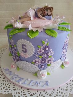 Dainty and too sweet! ~ Fairy Cake ~ all edible