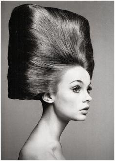 Jean Shrimpton shot by Richard Avedon for US Vogue August 1965