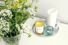 Wild flowers: Yellow and White