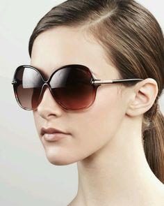 e0391cbe70de Simple Sunglasses Tom Ford Jennifer Sunglasses