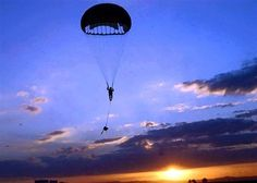 Army Life, Military Life, Military History, Military Special Forces, Military Service, Army Day, Us Army, Airborne Ranger, 82nd Airborne Division