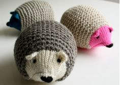 These adorable knit hedgehogs are soft squishy and will be loved my kids big and small ... Get the FREE knitting pattern NOW ...
