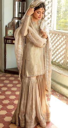Pakistani Outfits, Pakistani Fancy Dresses, Asian Bridal Dresses, Beautiful Pakistani Dresses, Desi Wedding Dresses, Pakistani Fashion Party Wear, Pakistani Dress Design, Pakistani Designers, Party Wear Dresses