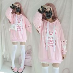 ✧・゚: *✧・゚:*𝑯𝒂𝒓𝒂𝒋𝒖𝒌𝒖 𝒇𝒂𝒔𝒉𝒊𝒐𝒏*:・゚✧*:・゚✧ - Overwatch D.VA hoodie pullover💕 Source by vanessahartmanneck - Pastel Goth Outfits, Pastel Goth Fashion, Kawaii Fashion, Lolita Fashion, Cute Fashion, Girl Fashion, Girl Outfits, Fashion Outfits, Gothic Fashion