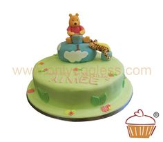 C236 - Winnie the Pooh Cake