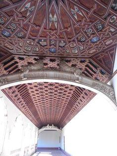 San Juan de los reyes. Artesonado techo claustro.