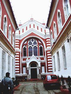 Brasov, Romania: Synagogue by beatnikam, via Flickr