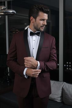 Costume Bordeaux, Pantalon Slim Fit, Moustache, Costumes, Marie, Suit Jacket, Mens Fashion, Nice, Wedding Men