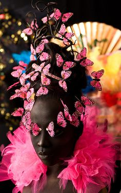 Sharon as Butterfly Queen for Carnival Fantasy Make Up and Hair Art photographed by Jan Scholten Makeup Fantasy , decorative makeup Fantasy Make Up, Fantasy Hair, Madame Butterfly, Butterfly Kisses, Pink Butterfly, Makeup Art, Makeup Tips, Fairy Makeup, Mermaid Makeup