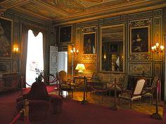 File Chateau De Cheverny Interieur 25 Jpg Chateau De Cheverny Cheverny Loir Et Cher