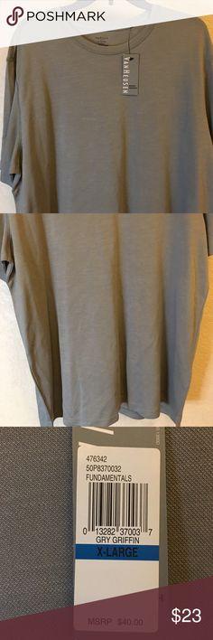 Men's crew neck tee 💫NWT excellent condition never been worn 💫 Not your ordinary tee...dress tee 😊 VanHeusen Shirts Tees - Short Sleeve
