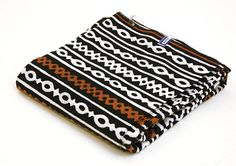 Hey, I found this really awesome Etsy listing at https://www.etsy.com/listing/151908728/tribal-print-fabric-from-mali-africa-per