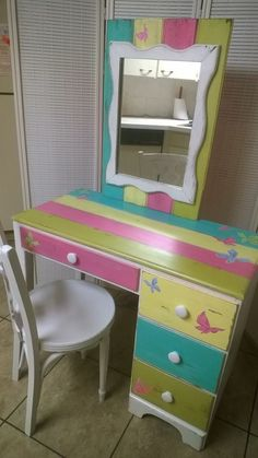 """Check out my stuff on Facebook! """"Chloe's Closet Collections"""" Kids Dressing Table, Chloe's Closet, Closet Collection, Girls Bedroom, Bedroom Ideas, Desks, New Homes, Arts And Crafts, Vanity"""