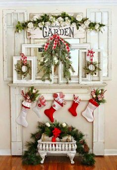 Red And White Christmas Decorating Ideas
