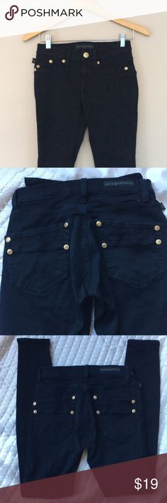 Rock & Republic jeans Rock & Republic black skinny jeans with gold tone buttons. Size 6M. 98% cotton, 2 % spandex. Worn few times. No rips or tears. 29 inches inseam Rock & Republic Jeans Skinny