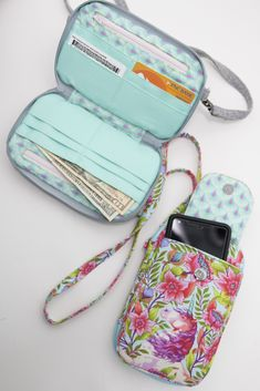 Wallet Sewing Pattern, Tote Pattern, Sew Wallet, Cell Phone Wallet, Diy Phone Bag, Bag Patterns To Sew, Pdf Patterns, Produce Bags, Craft Bags
