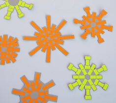 price labels sticker to make snowflakes and decorated your kraft wrapping paper