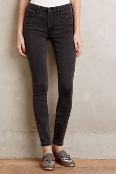 How to wear leggings over 40, an extensive guide | 40+ Style