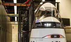 Robots empiezan a patrullar en uno de los mayores aeropuertos de ... - Minutouno.com