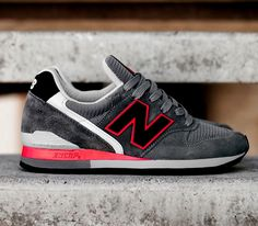 New Balance 996 – Black / Grey – Red