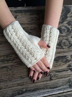 Ivory Cream Fingerless Gloves Cozy Mittens Handknit Gloves Handwarmer Winter Fashion Nicknacky USD) by NickNacky Crochet Fingerless Gloves Free Pattern, Fingerless Gloves Knitted, Mittens Pattern, Knitted Hats, Hand Knitting, Knitting Patterns, Crochet Patterns, Wrist Warmers, Hand Warmers