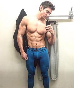 All American Boy, Lycra Men, Camo Fashion, Mens Gear, Shirtless Men, Muscle Men, Sensual, Male Models, Cute Boys