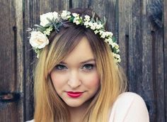 Fashion Friday: tiara de flores | CBBlogers